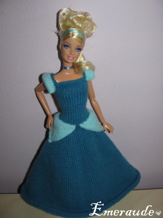 Tricot Barbie: Cendrillon par les copinautes (2)